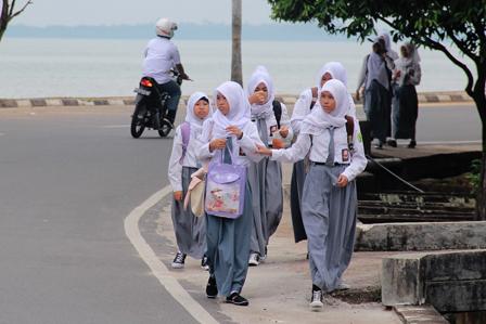 4 Agustus 2014 Berangkat Sekolah dan Implementasi Kurikulum 2013