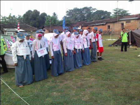 Kemah Bhakti OSIS SMK Nusa Mandiri 1 Petarukan  tahun 2014 di Muncang Bodeh