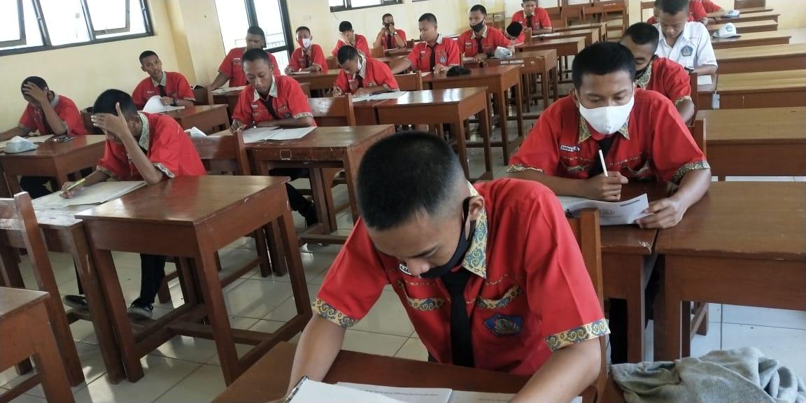 Ujian Akhir Semester Gasal Tahun Pelajaran 2020/2021
